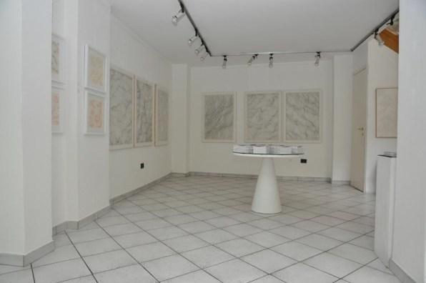 Dadamaino, gli anni '80 e '90. L'infinito silenzio del segno, veduta della mostra, Galleria Cortina Arte, Milano