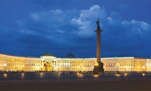 Palace Square © Andrey Koturanov - Dreamstime.com