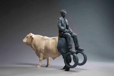 Willy Verginer, The dark side of the bull, 2013,tiglio, acrilico, 60x74x21