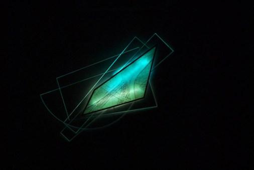 Fukushi Ito, Nello spazio e nel tempo 1526, 1995, computer drawing su carta, neon e plexiglass, 112x61x8.6 cm