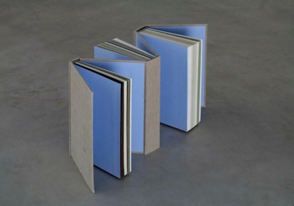 Sofia Stevi, The Odissey Book, Raccolta di diversi tipi di carta provenienti da varie nazioni del mondo, tessuto, ph. Matteo de Fina