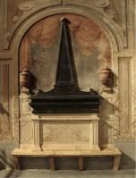 Monumento funerario di Lucrezia Capece Piscicelli, Cappella Tocco, Chiesa di Santa Caterina a Formiello, Napoli