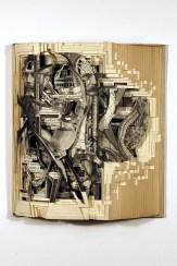 Brian Dettmer, Science in the 20th Century, 2009, libro alterato, 24.13x21.15x6.35 cm, @SchPhoto