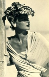 Man Ray a Villa Manin, Juliet in California, 1944, fotografia, 23,2 x 14,6 cm, collezione privata, Courtesy Fondazione Marconi, -®MAN RAY TRUST _ ADAGP, Paris, By SIAE 2014