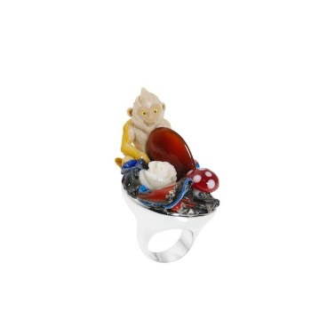 BLOB RING_incredible « the garden of the inner life», 2012, Silver 925/1000 (rhodium plated), plastic, glass, white coral, carnelian