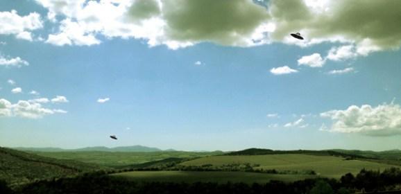Rä di Martino Paesaggio con dischi volanti (Castelgiocondo), 2012 80x144 cm - Stampa ai pigmenti su carta cotone
