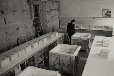 Greta Rento nel suo laboratorio a Feltre (BL)