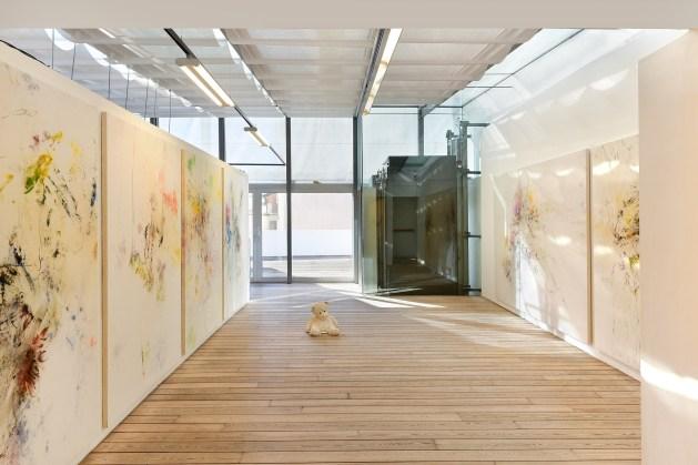 Quentin Derouet, Les couleurs naissent et meurent (Betty), 2014, Courtesy Galerie Helenbeck. Foto Andreas Marini