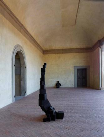 Antony Gormley HUMAN Forte di Belvedere, Florence, Italy Photograph by Pietro Savorelli Courtesy Galleria Continua and White Cube © the Artist
