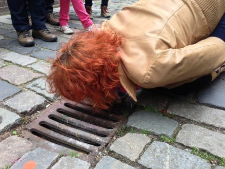 Peter de Cupere, Scent city trail sniffing sewer