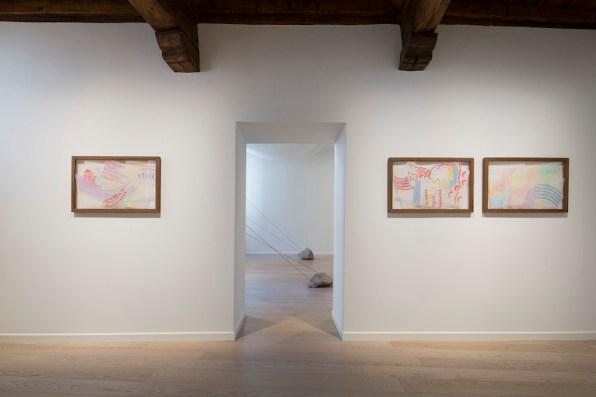 Imaginarii. Gianni Colombo, Giorgio Griffa, Davide Balula, installation view Foto Agostino Osio