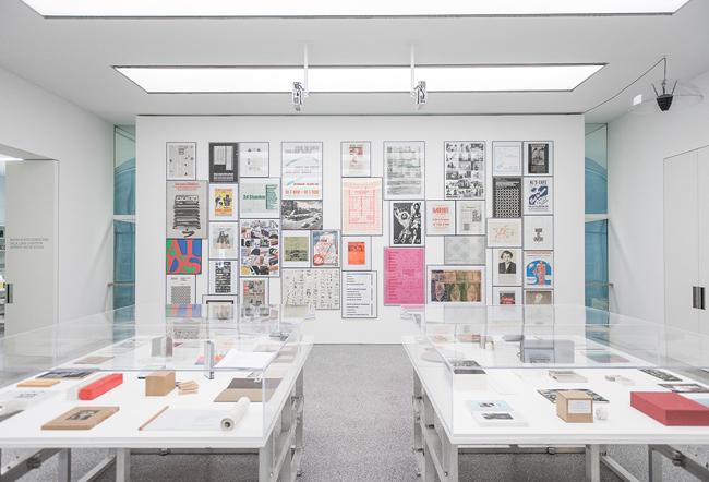 Maurizio Nannucci, Top Hundred, Museion 2015. Foto Luca Meneghel, Courtesy Archivio Zona Maurizio Nannucci. (6)