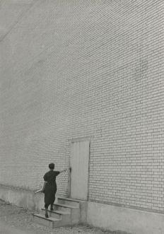 JAKOB TUGGENER, Facciata, fabbrica di costruzioni meccaniche Oerlikon, 1936 © Jakob Tuggener Foundation, Uster