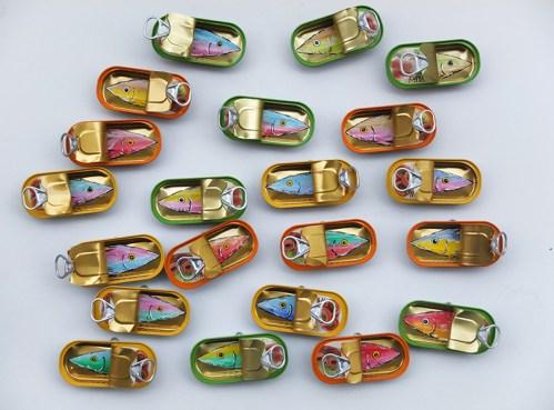 Corrado Bonomi, A olio e sott'olio, 2014, pittura a olio in-su scatola conserva alimentare, diametro cm 22 x 6