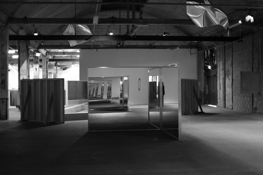 Robert Morris, Lille Mirrors, 2012