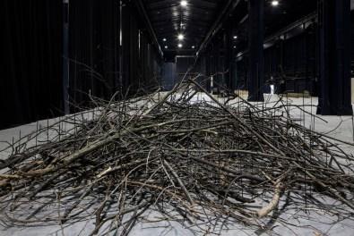 Kishio Suga, Condition of Situated Units, 1975/2016 Courtesy dell'artista, Tomio Koyama Gallery, Tokyo e Pirelli HangarBicocca, Milano Foto Agostino Osio