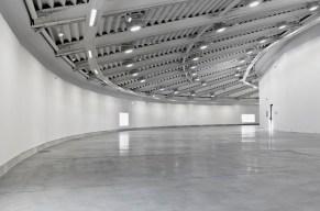 Spazio espositivo della nuova ala progetta da Maurice Nio, primo piano Foto Lineashow