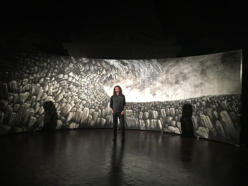 Fabio Giampietro, Hyper plane of simultaneity, 2016, olio su tela e visori Oculus Rift, 10 mt x 3 mt.