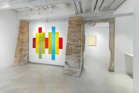 The-hidden-dimension-installation-view.-Francesco-Candeloro-and-Vanessa-Safavi