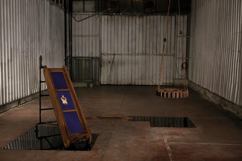 Anna Skoromnaya, Cream Hand Mixer, serie Kindergarten, 2017, acciaio Cor-Ten, ferro verniciato, 4 monitor Full HD, video wall, casse Bose, audio, cm 360x300x450. Foto: Andrea Parisi