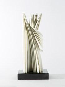 Pablo Atchugarry, Senza titolo, 2017, marmo statuario di Carrara, cm 59x21x17,5