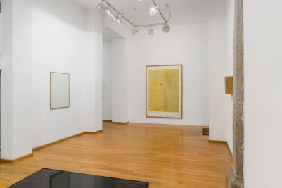 José Barrias. Collezionista di echi, veduta della mostra, Nuova Galleria Morone, Milano Foto di Sara Rizzo
