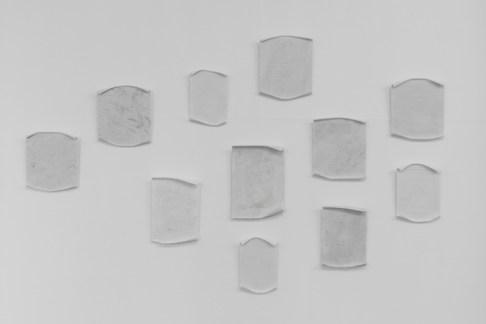 Antonio Trotta, Scontrini, 2002-2017, diverse tipologie di marmo, dimensioni varie, circa 37x32 cm ciascuno Foto Nicola Gnesi