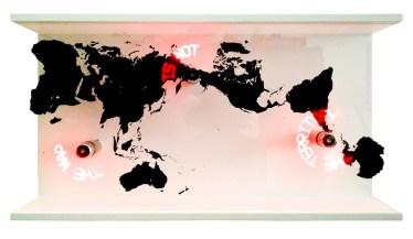 Edson Luli, The map is not the territory, 2018, installazione 3 ventilatori a LED, stampa UV su vetro, struttura in legno, Prometeogallery di Ida Pisani