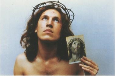 Luigi Ontani, Ecce homo, 1972, stampa su carta fotografica, 44.5x69 cm, Foto Paolo Pugnaghi