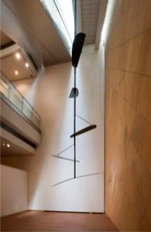 Hidetoshi Nagasawa, Aquila, 1989, ferro, 650x120x300 cm Courtesy Famiglia Nagasawa [esposta all'Accademia di Belle Arti di Verona]