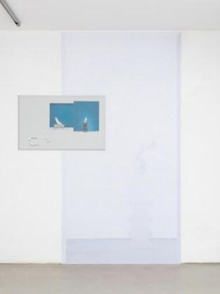 Stefano Spera, GAP, Constantin, 2018, olio su tavola, cm 80x50 e stampa su pellicola adesiva Courtesy Villa Contemporanea, Monza Foto Cosimo Filippini, 2018