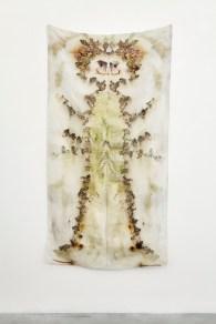 Chiara Camoni, Senza Titolo (L'Inverno) #02, 2017, stampa vegetale su seta, 180x90 cm