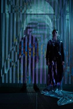 Twiceful Mind. Blue Flame. Storytelling e costumi di Natascia Menegatti, artwork di Vincenzo Marsiglia. Modella: Alessandra Bergomi Foto: Giuseppe Grasso