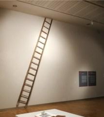Armida Gandini, Pioli, 2019, scala in legno e tappeto