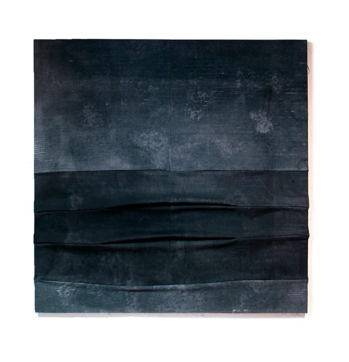 Jaime Poblete, Untitled, 2019 (grey), tecnica mista su tessuto tappezzeria, 127x127 cm Courtesy Castel Negrino arte, Aicurzio (MB)
