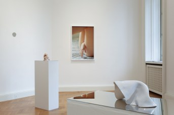 Eel Soup – Federico Clavarino e Tami Izko, installation view, Viasaterna, Milano Courtesy Viasaterna, Milano