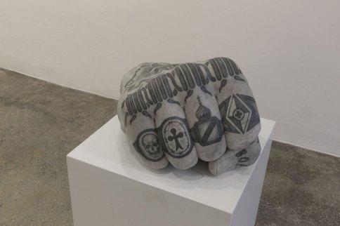 Fabio Viale, Il vostro sarà il nostro, 2020, white marble and pigments, cm 60x49x39. Courtesy Galleria Poggiali
