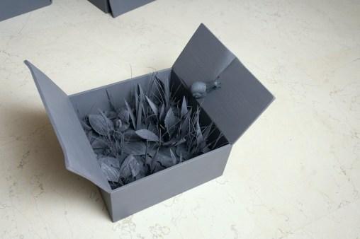 Willy Verginer, Tierra, 2020, diversi tipi di legno, colore acrilico, 74x40x25 cm