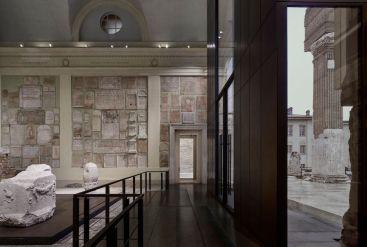 La Vittoria Alata dopo il restauro nel Capitolium con il nuovo allestimento di Juan Navarro Baldeweg Credits: Archivio fotografico Musei di Brescia © Alessandra Chemollo