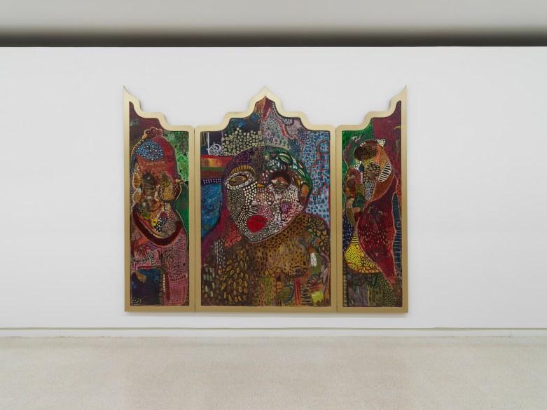Mona Osman, Trinity of the Constant Chase, 2019, olio e tecnica mista su tavola, 240 x 300 cm, dalla mostra Rhizome and the Dizziness of Freedom, 2019. Ph. Dario Lasagni