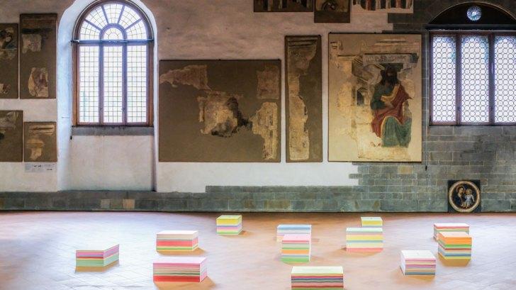 Il Dono. Sulla vita e la morte, veduta della mostra, Sala delle Capriate, Palazzo della Ragione, Bergamo. Courtesy The Blank. Photo Paolo Biava