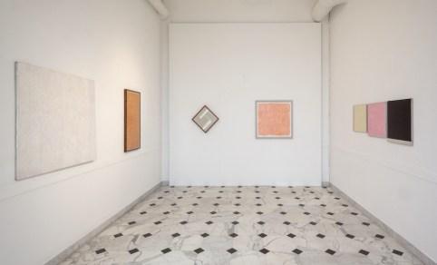 Tomas Rajlich e l'arte astratta in Italia, veduta dell'allestimento (Sala 6), Museo d'Arte Contemporanea di Villa Croce, Genova Foto Ilaria Caprifoglio