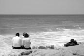 Couple sur une plage israélienne