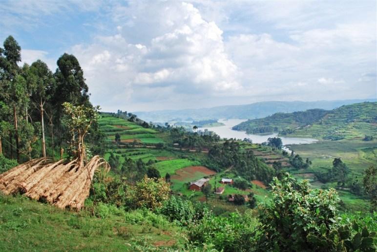 A la frontière entre le Rwanda et Ouganda
