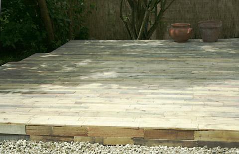 terrasse bois en palettes esprit cabane
