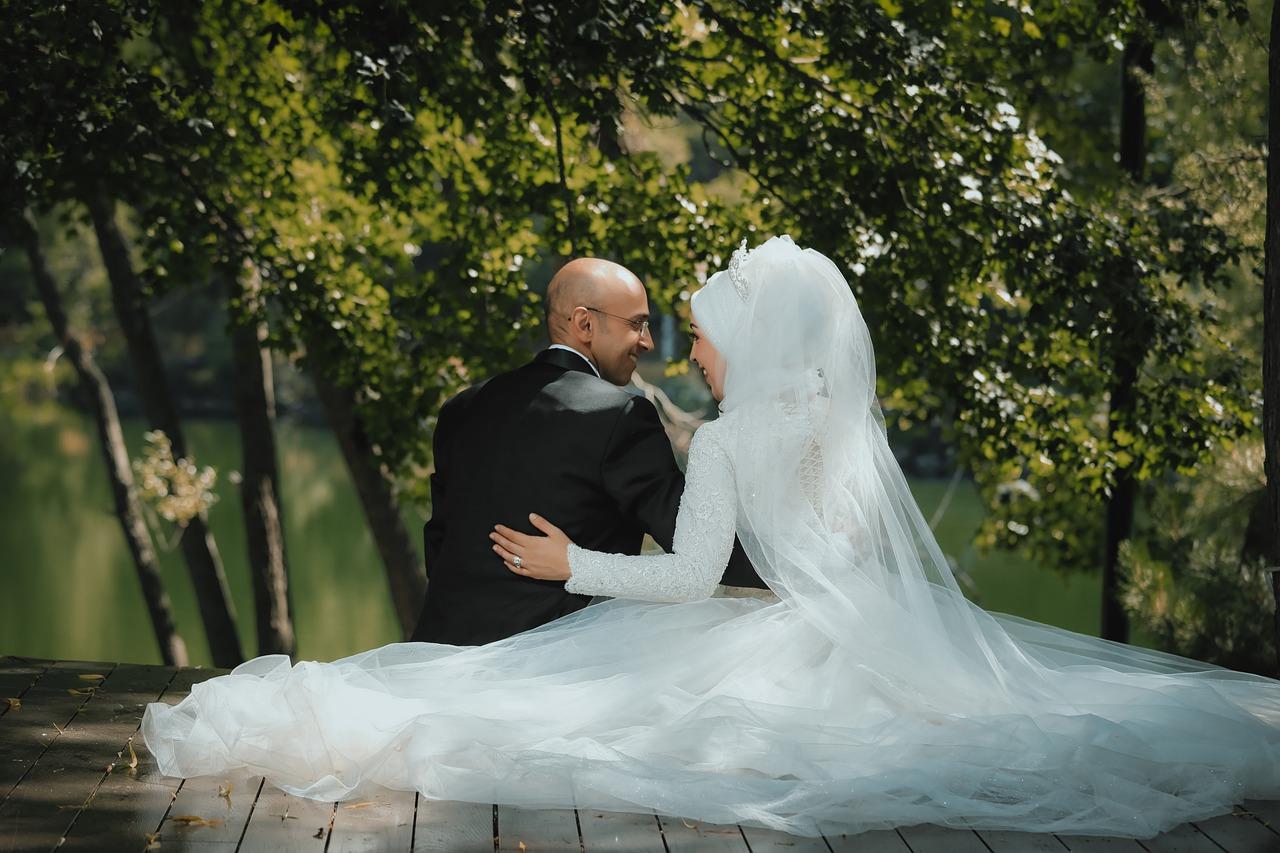 Couple Wedding Love Woman Man  - OlcayErtem / Pixabay