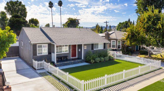 14746 Albers Street, Sherman Oaks, CA 91411
