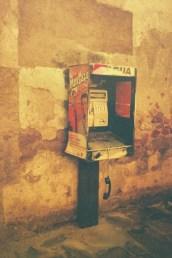 13. Teléfono descompuesto