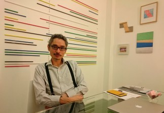 Director de la galería The 9.99 Gallery en Guatemala