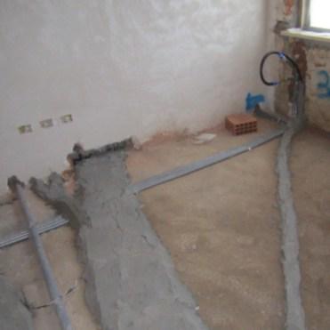 Collegamenti elettrici a pavimento